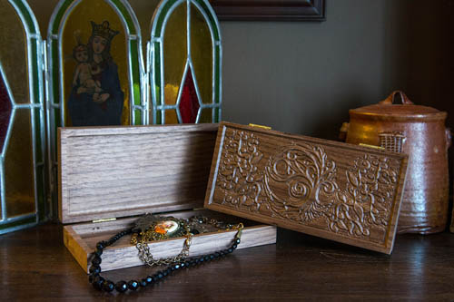Custom carved wood boxes | Coppersmith Customs Minnesota